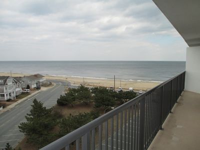 Photo for LINENS & DAILY ACTIVITIES INCLUDED*!. OCEANFRONT/BOARDWALK BUILDING W/ROOFTOP POOL Wonderful north-west corner unit, watch the sunrise and sunset with views of the ocean and the lake