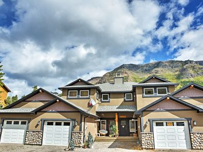 Photo for Pincher Creek Condo in Castle Mountain Ski Resort!