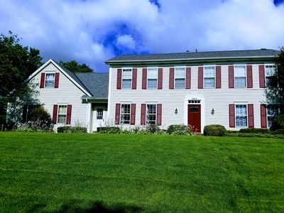 Huge 5 bedroom home close to all amenities