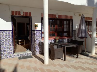 Photo for Cozy apartment in the Torrevieja Rosaleda area with plenty of sun
