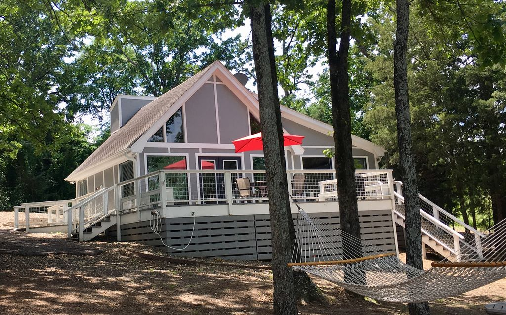 Cozy Cabin Camp Canoe Quot On Lake Cypress Springs