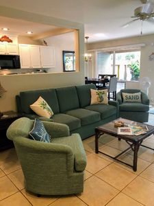 Photo for Kahana Villa  2 BR/2 BA, 50 yds from beach (sleeps 6)