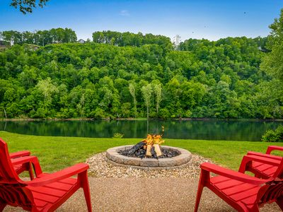 Photo for Private River Front Family Getaway & Bull Shoals Lake Fun