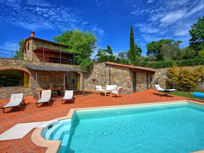 Photo for 4BR Villa Vacation Rental in Gaiole in Chianti
