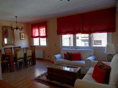 Photo for MADRID CENTRO, 2 BEDROOMS, BATHROOM AND TOILET, PARKING. A / A, WIFI FREE