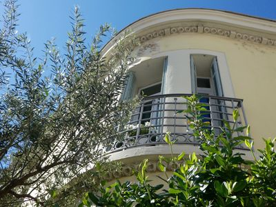 Photo for Bourgeois house light, standing, 5 minutes from Hyères Center, 5 minutes from the beach
