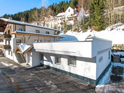 Photo for 8 bedroom Apartment, sleeps 20 in Perpat with WiFi