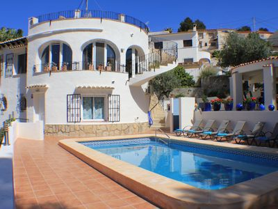 Photo for Luxury 5 bedroom villa in a quiet residential area