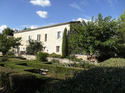 Photo for Maison de Maitre in Luberon, near Gordes, 6 people, 3 air conditioned bedrooms