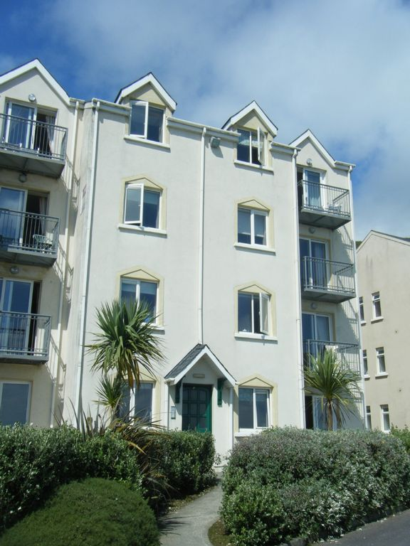 Clonakilty Apartment Rental   Apartment 8F Top Right   Apartment 2F Bottom  Right