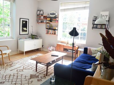 Photo for Charming 2 Bedroom Apartment in Bethnal Green