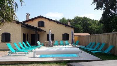 Photo for VILLA WITH SWIMMING POOL GUJAN MESTRAS IN THE HEART OF THE BASIN OF ARCACHON 18 BEDS