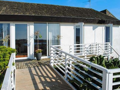 Photo for THE WEST WING AT BRYN OWAIN, pet friendly in Rhosneigr, Ref 918878