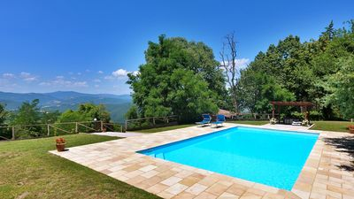 Photo for Casa della Maestra; large pool, tranquillity, lovely extensive views, free wifi.
