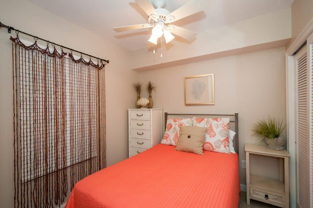 Beautiful Updated Condo with Gulf Views!  Free Golf & Parasailing!
