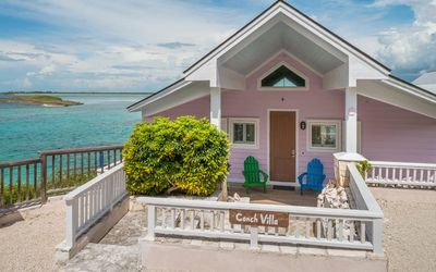 Photo for Bay Watch - luxury 2 bedrooms serviced villa - Travel Keys