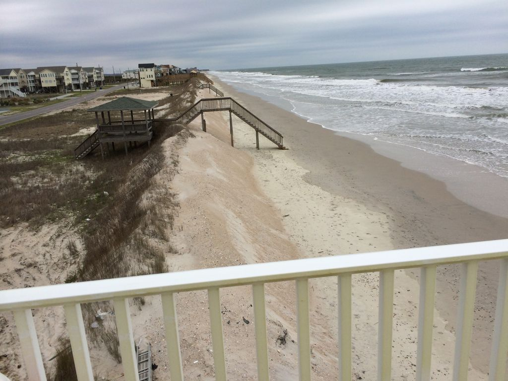 The Coconut Spectacular Oceanfront On North Topsail Beach