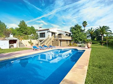 Search 8,182 holiday rentals
