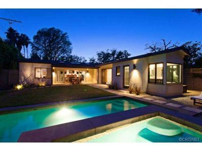 Photo for Charming modern home in quiet toluca lake neighborhood