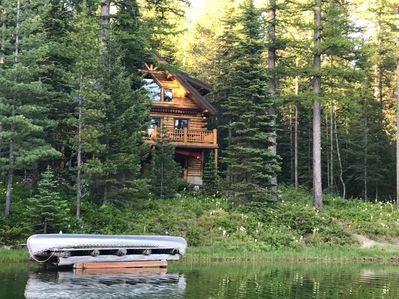 This vacation rental cabin offers 2 bedrooms, 2 baths, and accommodations for 9.