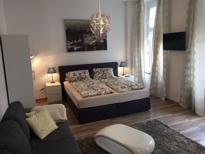Photo for State-of-the-art city apartment with city views in the heart of Cologne