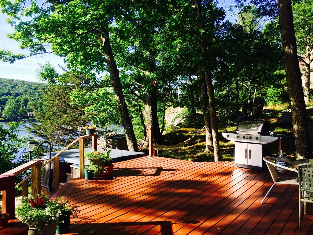 Stunning Lake House Only One Hour Away From VRBO