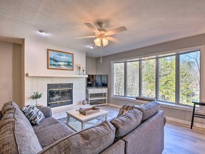 Photo for NEW! Lake Keowee Condo w/Pool & Golf Course Access