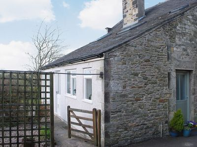 Photo for 1 bedroom property in Ingleton. Pet friendly.