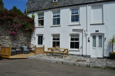 Seatons Rest - Portmellon  Beautifully refurbished 2 bedroom apartment  FREE WIF