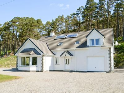 Photo for 4 bedroom property in Lairg. Pet friendly.