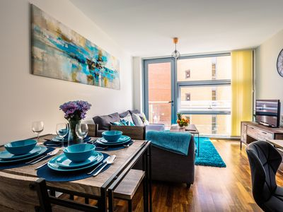 Photo for AVIOR Modern Luxury Lime Square Apartment