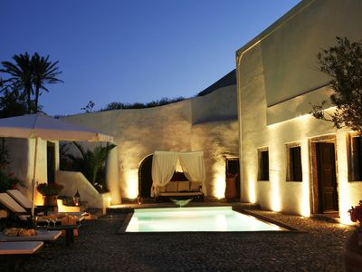 Photo for Famous Santorini villa with private pool, Car & Private transfer