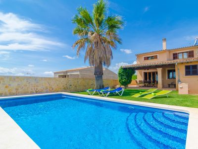 Photo for CARLES - Villa with private pool in Vilafranca De Bonany.