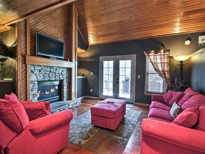 Photo for Cozy Pigeon Forge Cabin w/Grill, Deck & Hot Tub!