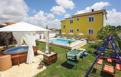 Photo for 4 bedroom accommodation in Pula