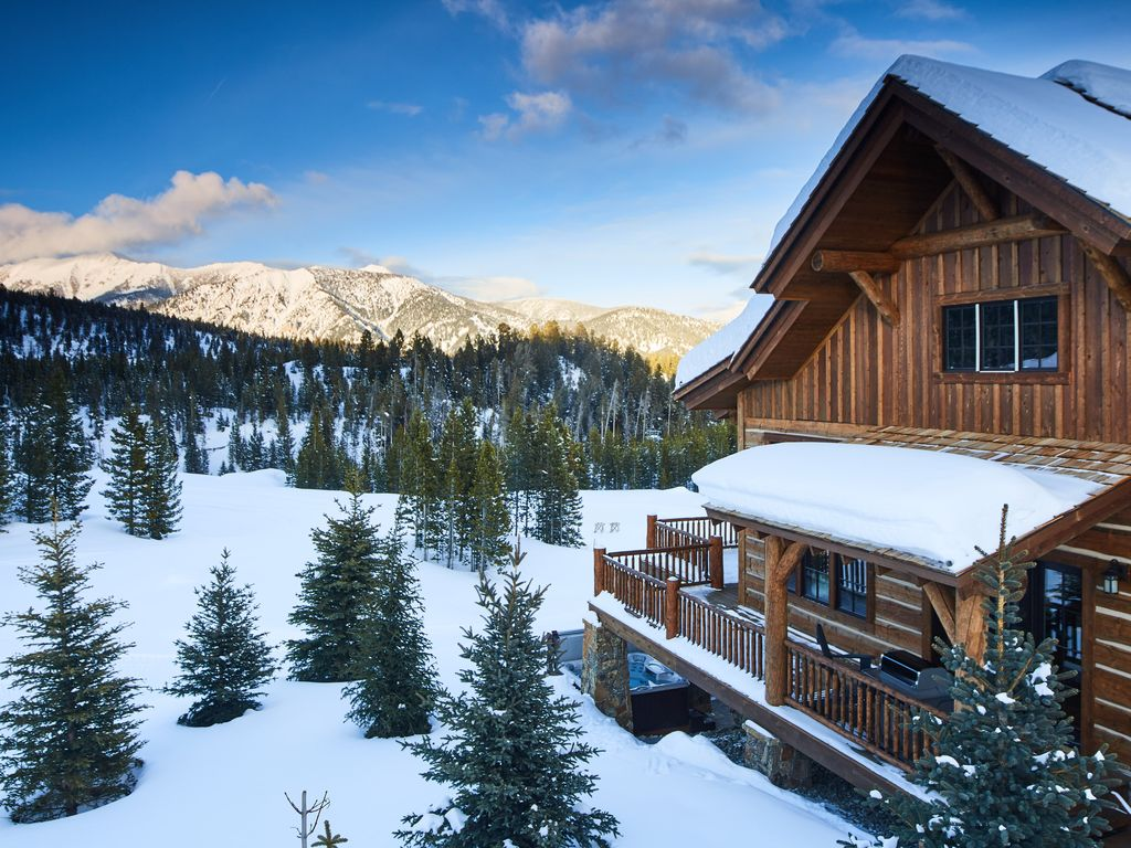 Luxury new ski in ski out cabin in spanish peaks for Big sky cabin rentals
