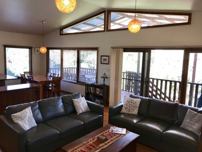 Harry's Lookout, Katoomba..... 'your Home-away-from-Home'