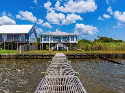Photo for Fair Sunshine ~ Waterfront Bay Retreat