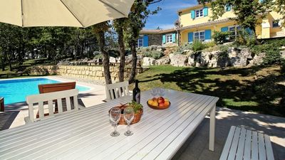 Photo for Nice 3-apartment villa with pool and big garden