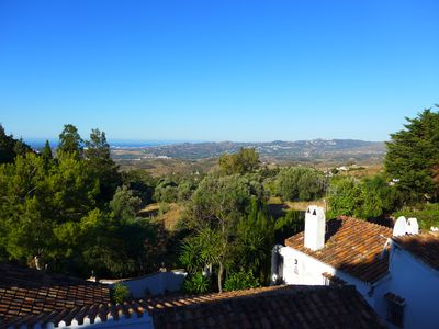 Stunning, special sea & mountain views taking in the Sun Coast (Costa del Sol)!