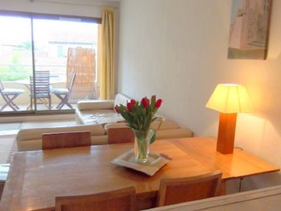 Photo for Two bedroom apartment close to marina/ beach. Sunny balcony, air con and WiFi.