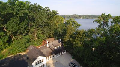 Sandy Beach WhlChr-Friendly Woodlands Lodge at Stone Lake w/ 50 Wooded Acres!