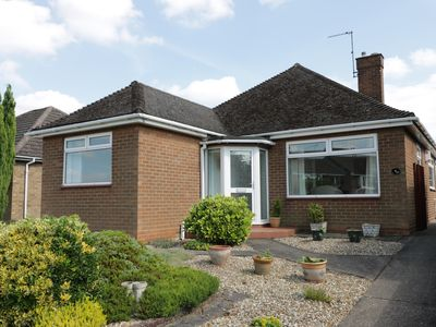 Photo for ALBERTS LODGE, family friendly, with a garden in Lincoln, Ref 956180