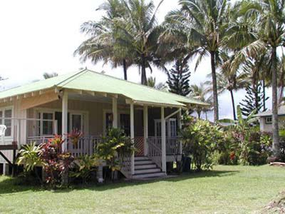 Photo for Plantation Cottage - very private 1br/1ba cottage near the beach in Haena