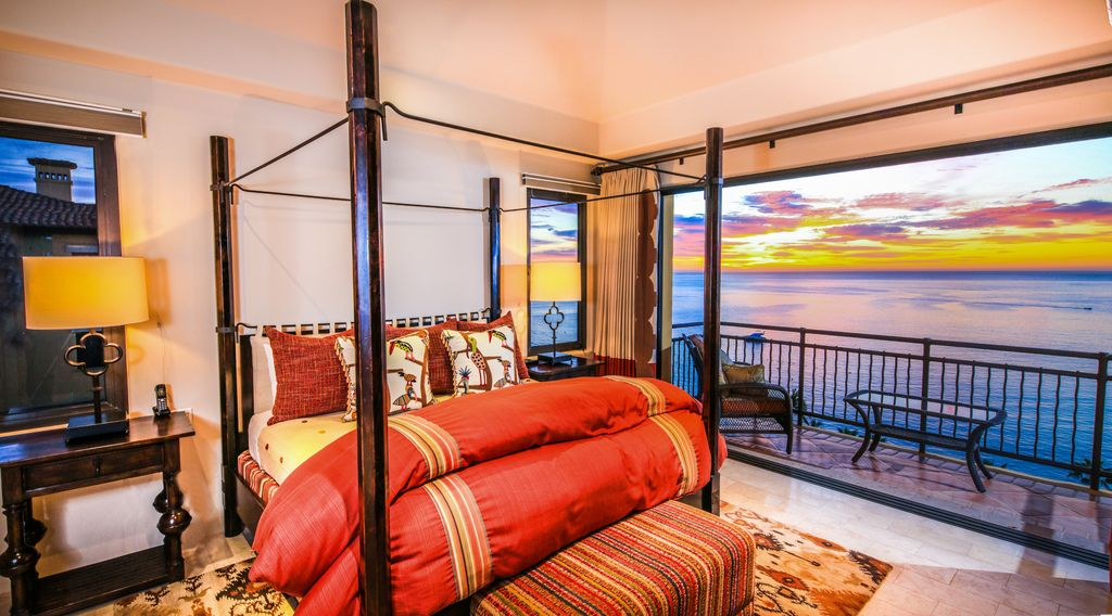 Penthouse With 2 Master Suites Can Be Rented As A 3 Bedroom At Reduced Rates San Jose Del Cabo