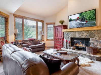 Photo for Antlers Luxury Ski-In, Ski-Out 4BR/4BA Townhouse w/ Hot Tub, Pool & Balcony