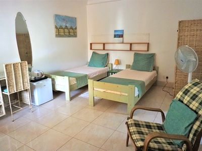 B & B Villa Calliandra, lovely cool room with single beds in quiet area, pool.