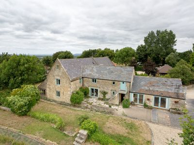 Photo for Cotswolds Barn Apartment - luxury self catering near Bath & Bristo