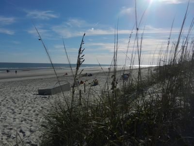 Beach ! Rates discounted in Fall and Winter; Peak season $149 / night