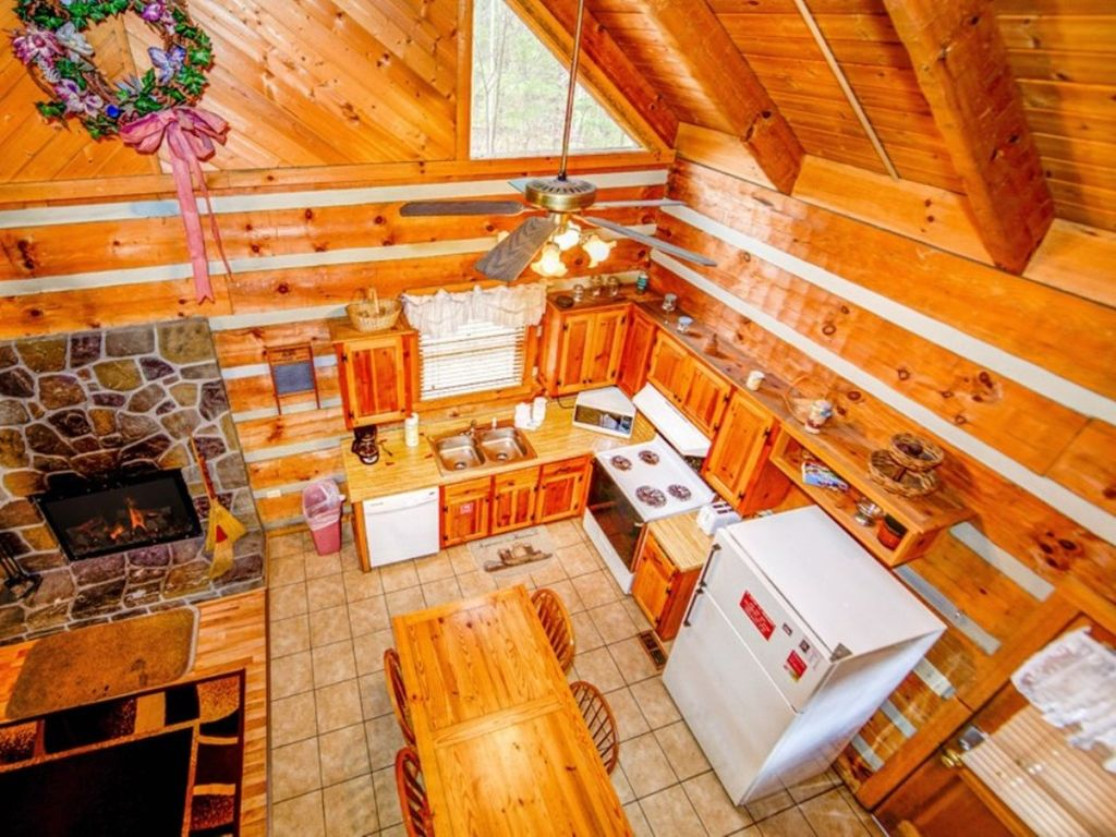 cheap us smokies cabin cabins tn booking vacation hotel in high the home sevierville com soaring